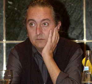 José Antonio Garriga Vela gana el Premio Café Gijón 2013