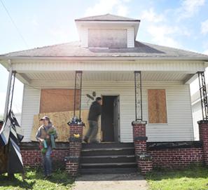 Los escritores viven casi gratis en Detroit con Write-a-House