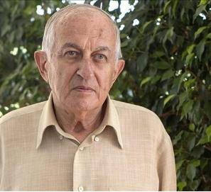 Juan Goytisolo gana el Premio Cervantes 2014