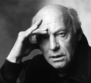 Eduardo Galeano gana el Premio Anual de Literatura