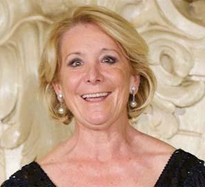 Esperanza Aguirre ganó un premio literario