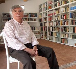 Una biblioteca en una panadería de Abelgas
