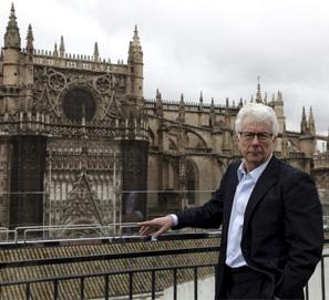'A Column of Fire': Ken Follett en Sevilla