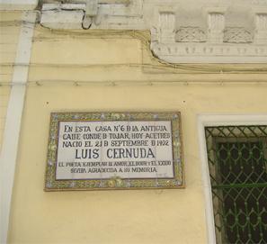 La casa natal de Luis Cernuda en Sevilla, en ruinas