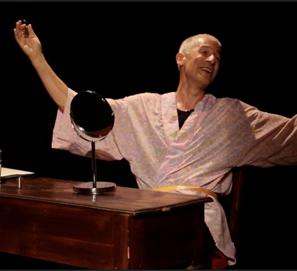 'Qué raros son los hombres': José Ovejero, al teatro