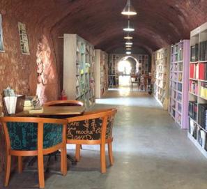 La biblioteca de Ankara creada con libros encontrados en la calle