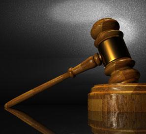 ¿Cuál es el plural de decreto ley?