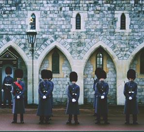 Realeza o miembros de la realeza, mejor que royals