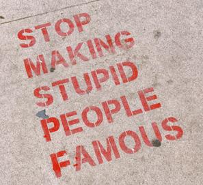 Expresiones para hablar de la tontería y los tontos