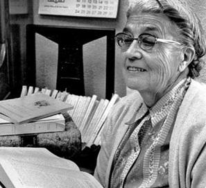 María Moliner: la biografía de una mujer y su diccionario
