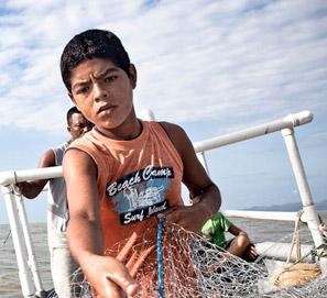 La hora del recreo, escritores y fotógrafos contra trabajo infantil