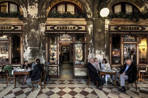El Florian es otro café donde literatos se dieron cita